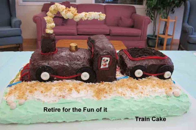 train cake copy